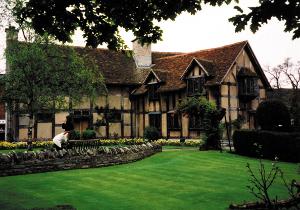 Upon avon all connected with william shakespeare and his family